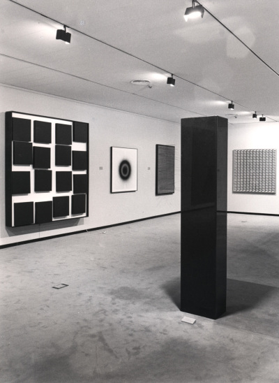 Vista parcial de la exposición Zero, un movimiento europeo Colección Lenz Schönberg