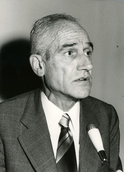 Antonio Badía i Margarit en el V Simposio de la Sociedad Española de Lingüística