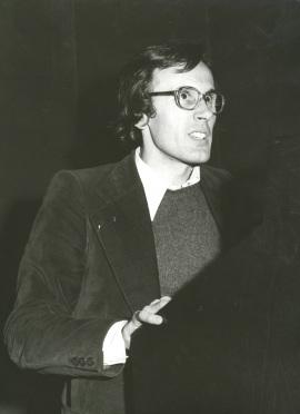 Jordi Teixidor. Conferencia inaugural de la I Exposición de Becarios de Artes Plásticas, 1975