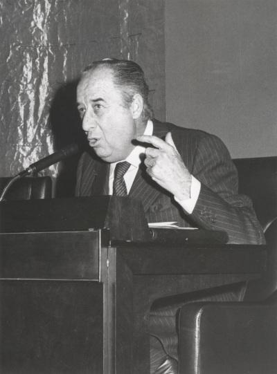 Francisco Ynduráin Muñoz en el ciclo Literatura Viva