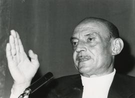 José Hierro en el ciclo Literatura Viva, 1976