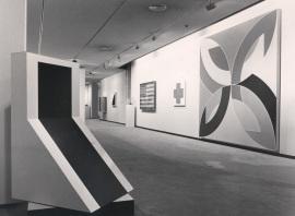 Vista parcial de la exposición Colección Leo Castelli, 1988