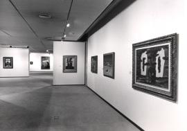 Vista parcial de la exposición René Magritte, 1989