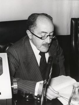 Emilio Alarcos Llorach. Conferencia sobre Feijóo y la España de su tiempo dentro del ciclo Centenario de Feijóo , 1976