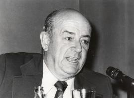 Julián Gállego. Conferencia sobre Naturaleza Muerta y diversas cuestiones del arte del siglo XX en la mesa redonda en torno a la Exposición Maestros del siglo XX , 1979