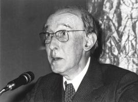 Gerardo Diego. Conferencia sobre Eduardo Marquina, poeta dentro del ciclo Homenaje a Eduardo Marquina en su centenario, 1979
