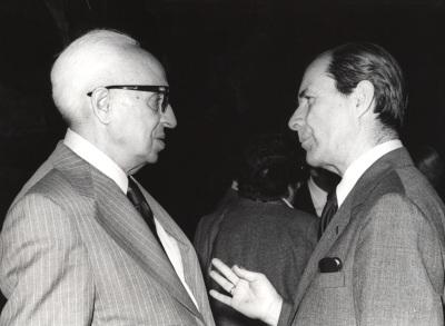 Juan Marichal y Severo Ochoa. Conferencia sobre La recuperación intelectual del liberalismo español (1909-1923) dentro del ciclo El intelectual y la política: tres décadas españolas (1909-1939)