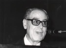 Alonso Zamora Vicente. Conferencia sobre Relaciones literarias hispanodentro del ciclo portuguesas dentro del ciclo IV Centenario de Luis de Camoens , 1980