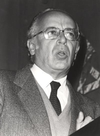 Emilio Lledó Iñigo. Conferencia sobre Interpretación de textos dentro del ciclo La filosofía en el lenguaje