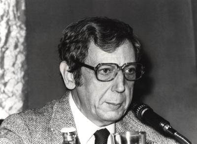 José María Valverde. Conferencia sobre Qué era la literatura dentro del ciclo La literatura, en peligro