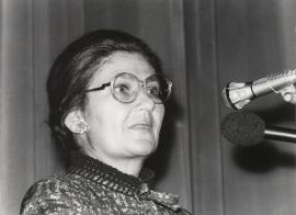 Simone Veil. Conferencia sobre Le parlement européen dentro del ciclo Europa, hoy , 1982