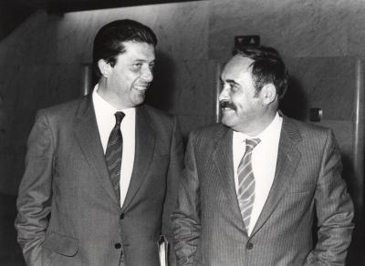 Federico Mayor Zaragoza y Antonio García Bellido. Conferencia sobre Morfogénesis en seres vivos dentro del ciclo La nueva Biología