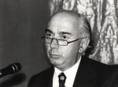 Francesco Capotorti. Conferencia sobre Fuentes e instituciones de las Comunidades Europeas dentro del ciclo Cuatro lecciones sobre derecho comunitario , 1983