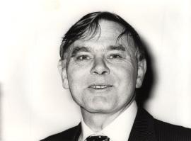 Stefan A. Musto. Conferencia sobre La política agraria de la Comunidad Europea dentro del ciclo La C.E.E. ante la adhesión de España , 1983