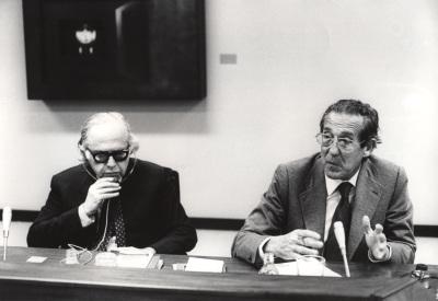 Bernard Schwartz y Francisco Rubio Llorente en el Seminario sobre Autonomías Territoriales
