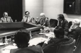 Massimo Severo Giannini y Tomás Ramón Fernández Rodríguez. Conferencia sobre Las competencias y la financiación de las regiones: a) La normativa en vigor dentro del ciclo El regionalismo italiano , 1983