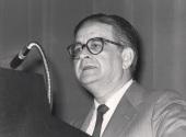 Luis Ángel Rojo Duque. Conferencia sobre Desequilibrios financieros y reales de la economía española dentro del ciclo La encrucijada de la economía española , 1984