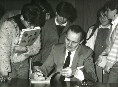 Antonio Buero Vallejo en el ciclo Literatura Española Actual