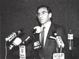 Alfonso Guerra. Conferencia en la inauguración de la exposición antológica de Fernando Zóbel. Cultural Albacete., 1985