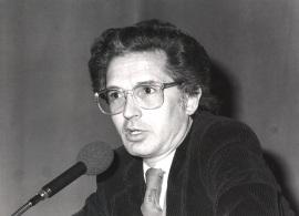 Andrés Amorós Guardiola. Conferencia sobre La realidad fantástica dentro del ciclo Las búsquedas de Julio Cortázar , 1985