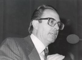 Pedro Cerezo Galán. Conferencia sobre Libertad e Institución dentro del ciclo La dialéctica de libertad y cultura , 1985