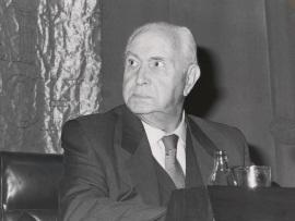 Pedro Laín Entralgo. Conferencia sobre La palabra de Unamuno dentro del ciclo Viaje hacia Unamuno , 1986