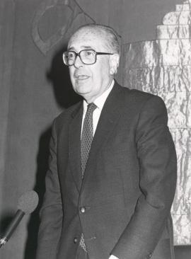 Domingo García Sabell. Conferencia sobre La agonía como realidad antropológica dentro del ciclo Antropología de la muerte , 1986