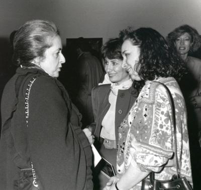 Maribel Falla, Teresa Ocaña y Angélica Jawlensky. Exposición Richard Diebenkorn