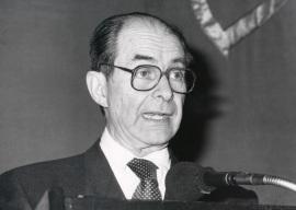 Juan Marichal. Conferencia sobre De Las Casas a Palafox dentro del ciclo El humanismo solidario latinoamericano , 1990