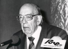 José Luis López Aranguren. Conferencia sobre Ética de transición, consenso y desencanto dentro del ciclo Moral española de la democracia actual (1976-1990) , 1990