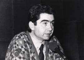 Antonio Muñoz Molina. Conferencia sobre El argumento y la historia dentro del ciclo Sobre la realidad de la ficción , 1991