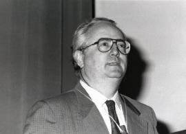 Francisco García Olmedo. Conferencia Ingeniería de la resistencia a enfermedades en plantas - Alteraciones del genoma , 1992