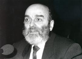 Luis de Pablo. Conferencia sobre Componer óperas hoy dentro del ciclo Un operista español en España , 1993