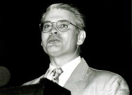 Roger Tinnell en la presentación del libro Federico García Lorca y la Música, 1993
