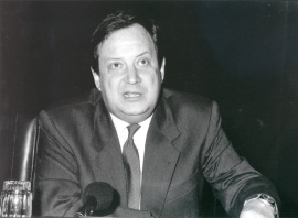 José Carlos Mainer. Conferencia sobre Bajo el signo de la Ilustración dentro del ciclo La invención de la literatura española , 1993