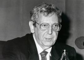 José María Valverde. Conferencia sobre Sabiduría de la ilusión dentro del ciclo El pensamiento, hoy , 1994