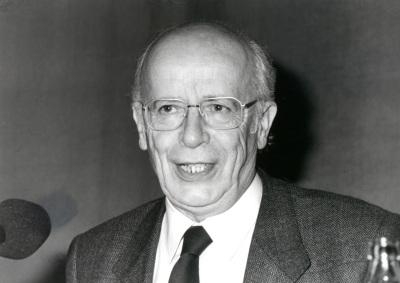 Emilio Lledó Iñigo. Conferencia sobre Memoria de la ética dentro del ciclo El pensamiento, hoy