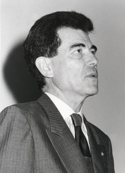 Francisco José Ayala en la presentación de la edición europea de la revista Science