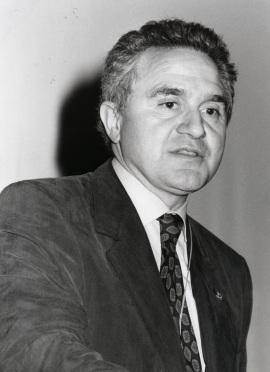 José María Mato en la presentación de la edición europea de la revista Science, 1994