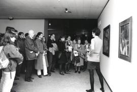 Visitantes a la exposición Malevich, 1993
