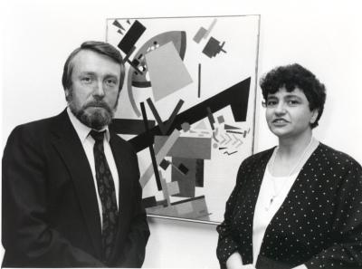 Vladimir Gusev y Elena V. Basner. Exposición Malevich Colección del Museo Estatal Ruso, San Petersburgo