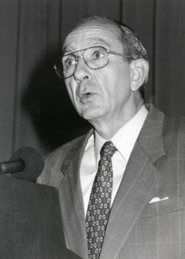 José Luis Yuste Grijalba. Conferencia sobre Los tres grandes temas de Georges Rouault. Conferencia inaugural dentro del ciclo En torno a Rouault , 1995