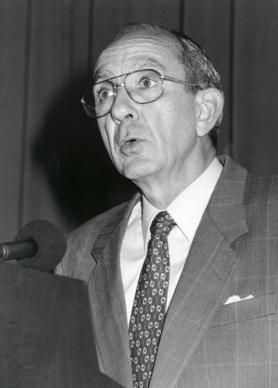 José Luis Yuste Grijalba. Conferencia sobre Los tres grandes temas de Georges Rouault. Conferencia inaugural dentro del ciclo En torno a Rouault