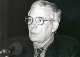 Víctor Nieto Alcaide. Conferencia sobre Historiografía de la vanguardia en España (1940-1963) dentro del ciclo Un siglo de Historia del Arte en España , 1998