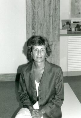 Teresa Ocaña en la conferencia inaugural de la exposición Suite Vollard, de Picasso, 1998
