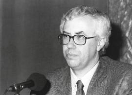 José Manuel Sánchez Ron. Conferencia sobre La matemática, instrumento universal de conocimiento: de Euclides a Gödel dentro del ciclo La ciencia a través de su historia , 2000