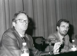 Anthony Pagden y Manuel Cruz. Conferencia sobre Las tres grandes tradiciones históricas - VIII SEMINARIO PÚBLICO El pasado y sus críticos , 2001