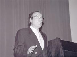 Francisco Calvo Serraller. Conferencia sobre Turner: teoría y práctica del color dentro del ciclo En torno a la Exposición Turner y el mar , 2002