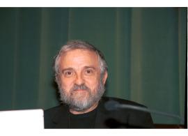 """Juan José Gómez Molina. Conferencia sobre """"El dibujo: sueño, razón y memoria"""" dentro del ciclo En torno a la Exposición Maestros de la invención , 2004"""