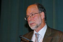 Diego Gracia. Conferencia sobre Responsabilidad, término moderno dentro del ciclo Balance moral del siglo XX: La ética de la responsabilidad , 2004
